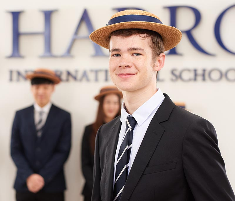 Oxford University Offer for Head Boy Finn